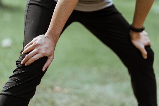 knee pain sports chiropractor bloomingdale il ducat chiropractic